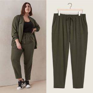 PENNINGTONS Solid Pull-On Jogger Pant
